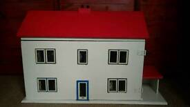 Vintage 1970s Wooden Dolls House Good Condition