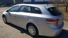 toyota avensis great runner nice family car