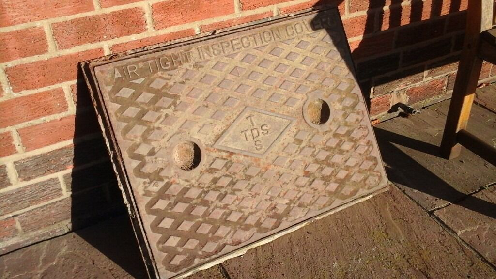 Manhole cover and frame cast iron 27ins X 21ins