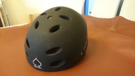 Pro-tec Ace Wake Watersport Helmet, L (58-60 cm), Black. Very good condition.