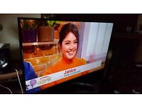 """SAMSUNG 40"""" UE40J5100 FULL HD TV,built in Freeview HD, good condition"""