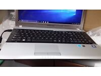 "Samsung rv511 laptop / 15.6""/ 1TB HDD/ 6GB RAM"