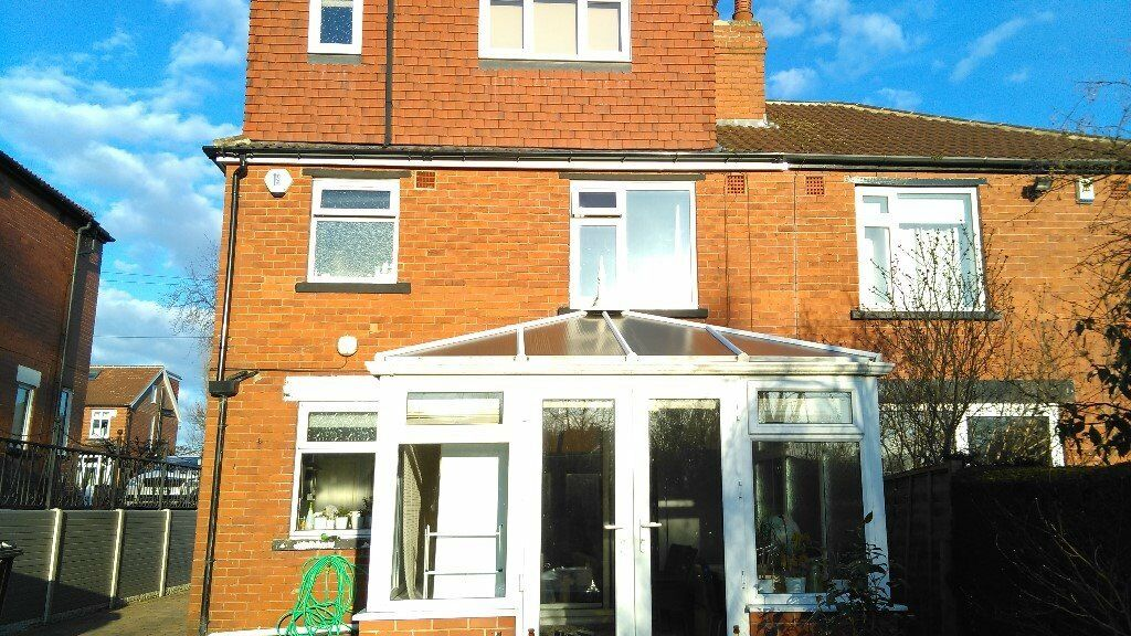 White PVC Double Glazed Conservatory with polycarbonate ...
