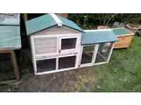 Guineapig/rabbit hutch
