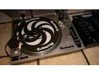 Must go tonight, Dj gear 2x decks records numark TT 1520 & 1x mixer numark DM1001 X