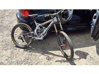 2012 Transition TR450 Size Medium Downhill Mountain Bike
