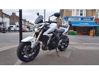 Suzuki GSR 750 L1 | 2011 | White | 749 cc | Mint Condition | Low Mileage | Loads of extra's