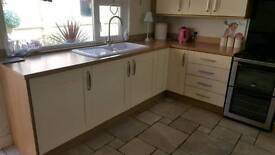 Kitchen units and worktop and sink