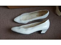 Vintage white leather pumps to refurb, free to collect, size 7.5 - 8