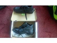 size 9 black Chukka work boots (EU43)