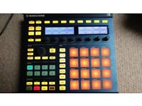 Native instruments maschine mk2 with software in very good condition.