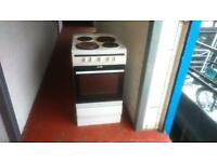 AMICA ELECTRIC COOKER IN WHITE (HOBS ALL FINE BUT OVEN NOT WORKING!)