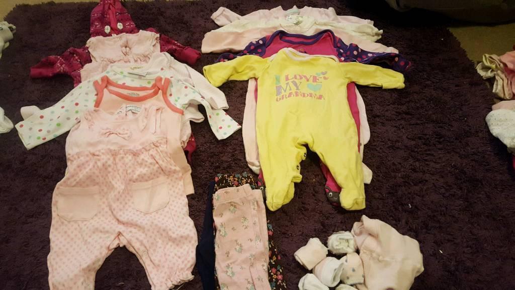 Baby girls clothes bundles 0-3 months MUST GO BY 9TH DEC