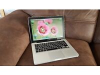 "Apple MacBook Pro 13"" Intel Core i5 - 4gb Ddr3 - 640 Gb Hard-Drive"