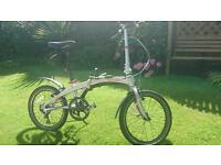 Dahon P9 folding bike