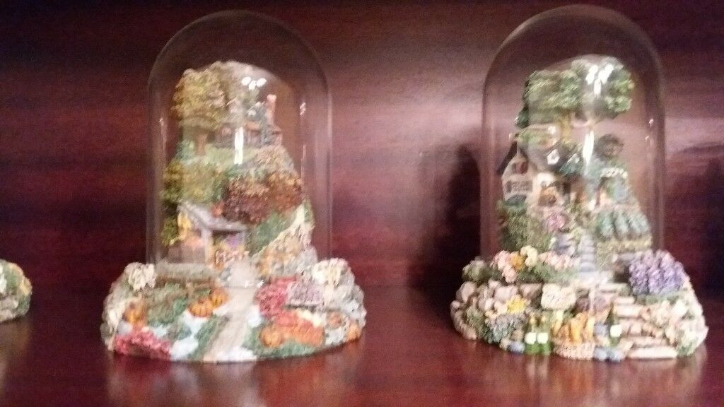 Collectable cottages