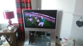 42 inc tv and stand . Colour sil