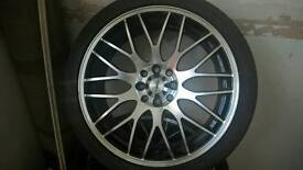 Set of 17inch Alloy wheels with new tyres