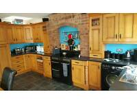 Solid pippy oak Kitchen for sale *URGENT *