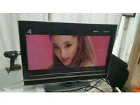 "32""sony LCD tv HD ready with build in freeview."