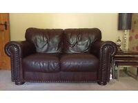 Elegant dark brown sofa suite for any living room!