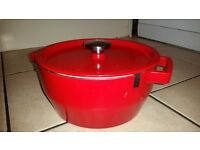Pyrex Slow Cooker - Red