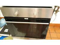 Electric Oven by LOGIK