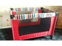 O BABY TRAVEL COT WITH BASINETTE
