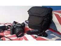 Canon 600d (no box) with carry case, mountable light, and Rode Video Mic Pro, 16GB memory card