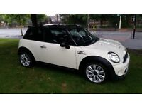 MINI COOPER S 1.6 2012 VERY LOW MILEAGE EXCELLENT CONDITION LEATHER INTERIOR