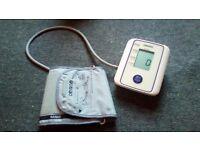 Blood pressure machine OMRON M2 electric/battery