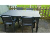 Keter graden table and chairs
