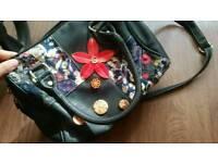 Woman beautiful hand bag for sale