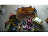 Great Peppa Pig bundle, incl palace, house and talking car