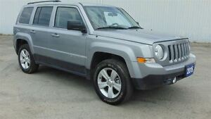 2015 Jeep Patriot NORTH 4X4 - ONLY 16,000 KMS