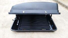 Continental car roof box