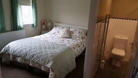 Large Double Room with en suite