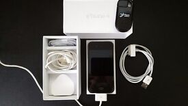 iPhone 4 16gb As New Boxed