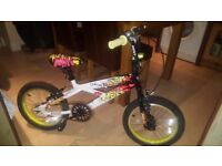 16inch one six childrens boys bike hardly used