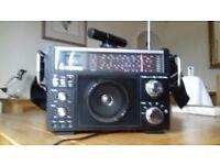 Steepletone Multiband Radio Receiver