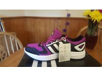 Ladies Adidas Galaxy Black Pink White Trainers size 6.5 BNIB