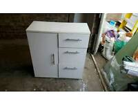 3 draw cabinet, good condition