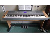 Yamaha Electric Piano DGX 640