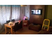 Large 3 bed house rutherglen for 2 bed flat in eastkilbride mutual exchange.
