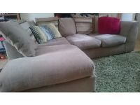 Corner sofa, cream/beige, >4 seater, scatter cushion backed - can detach into 2