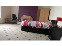 High-spec Fully Furnished Rooms - All Bills Included - No Deposit