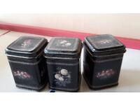 storage tins: mini tea caddies