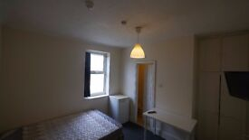 Amazing double ensuite room available