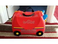 Childrens suitcase / hand luggage / Fire engine trunki