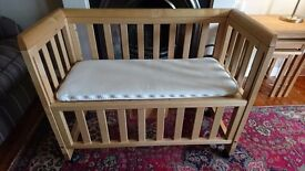 Troll bedside crib / cot in solid natural pine wood